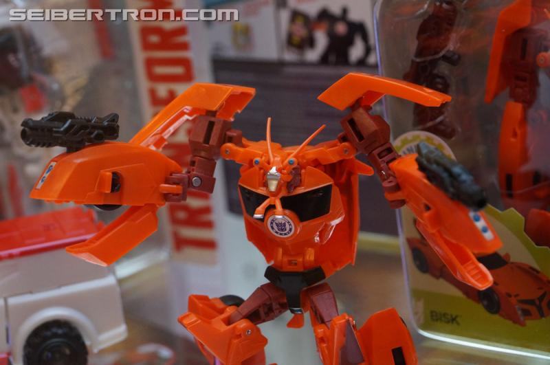 r_robots-in-disguise-051.jpg
