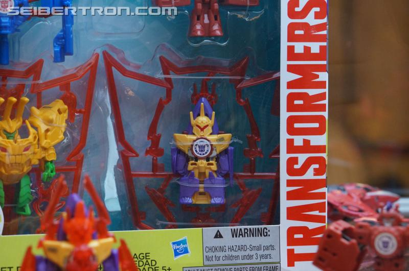 r_robots-in-disguise-017.jpg
