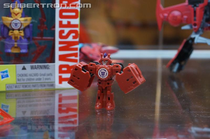 r_robots-in-disguise-021.jpg