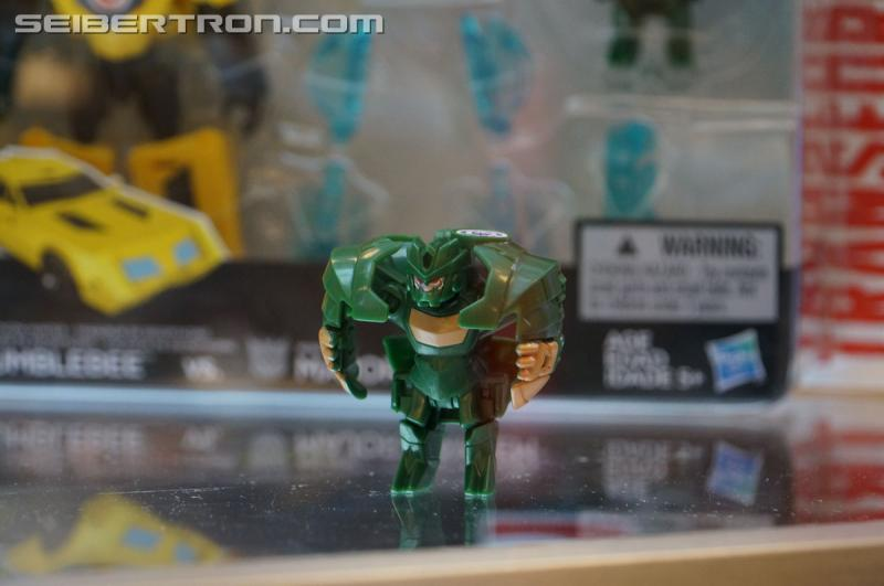 r_robots-in-disguise-041.jpg