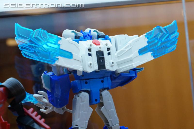 r_robots-in-disguise-091.jpg