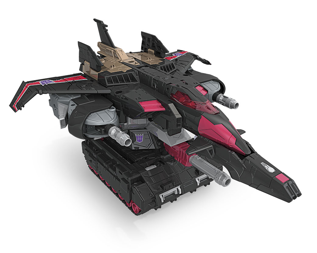 C1104AS00_345629_TRA_GEN_LD_Titan_War_Blackshadow_TJ_Pose.jpg