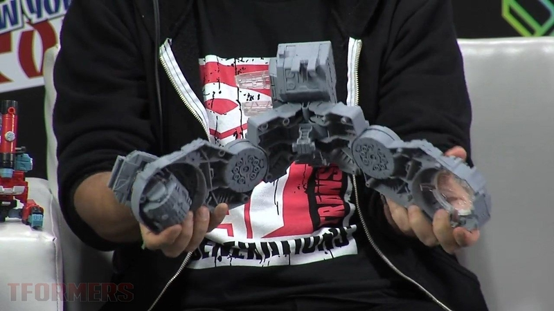 NYCC 2016 - Hasbro Transformers Team Gets A Leg Up On Trypticon Reveal Plus High.jpg