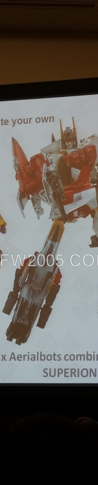"[SDCC 2014] 2015年经典系列主题——""组合金刚之战(Combiner Wars)"""